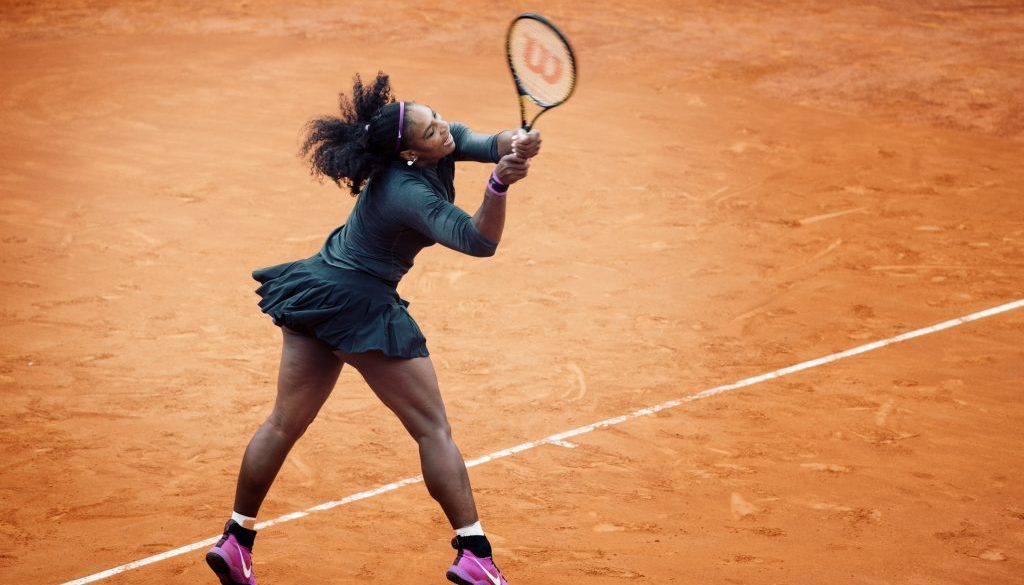 Serena's racquet goes too fast for 1/640